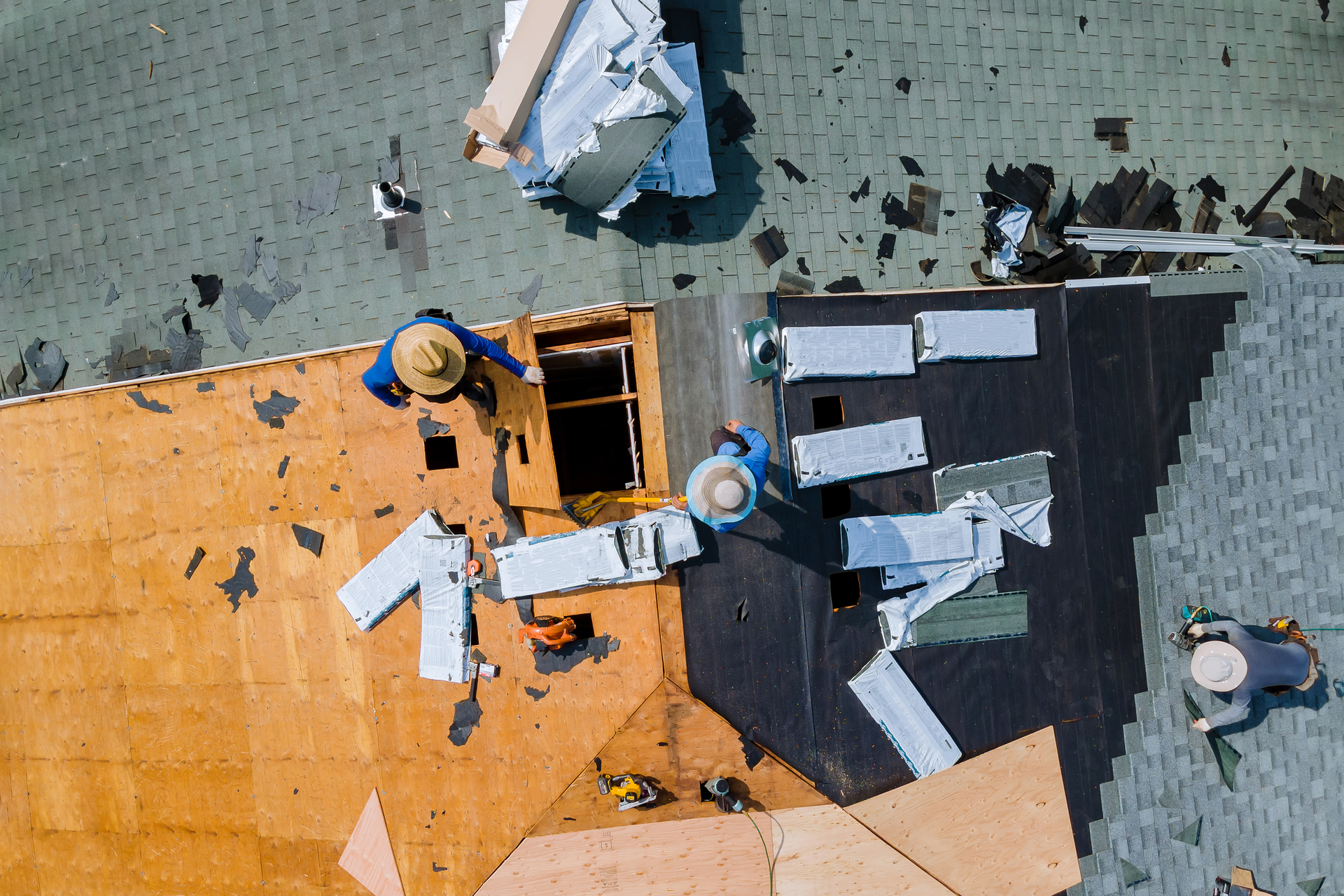 Asphalt Shingle Roof Construction and Replacement DFW